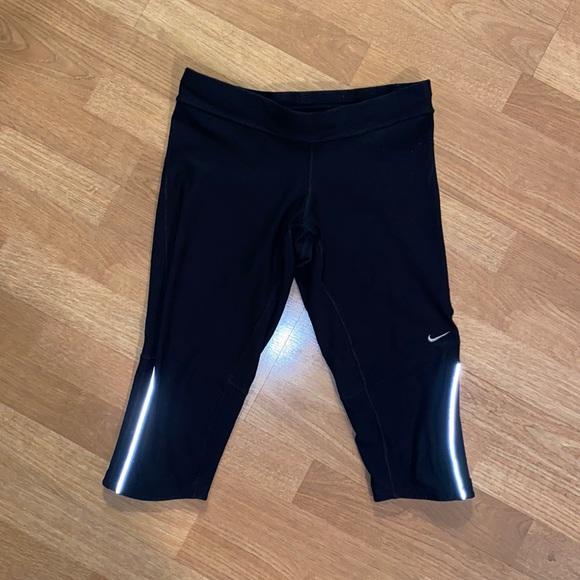 Nike Running Dri-fit Cropped Leggings Size M